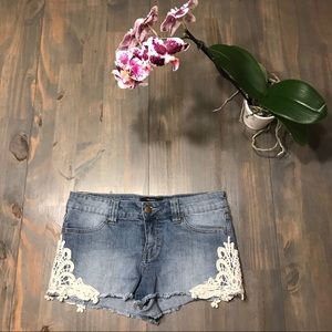 Forever 21 cutoff jean shorts with crochet lace